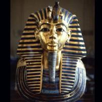 Masca funerara a lui Tutankhamon expusa la Muzeul de Egiptologie din Cairo
