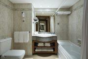 Cameră standard baie